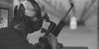 Jakie ochronniki słuchu na strzelnicę wybrać